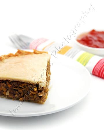 Meatless Tourtière with Chickpeas and Mushrooms