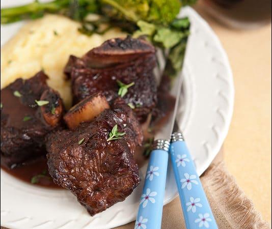 {Recipe} Cranberry-Wine Braised Beef Ribs