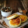 Vegan Potato Cakes stuffed with Mushrooms - Delicious way to use leftover mashed potatoes. Perfect for summer, fall or winder lunch, use different herbs to change the flavour   Imagelicious