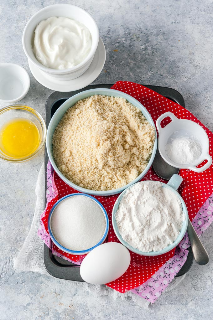 All the ingredients to make Soft Almond Cookies