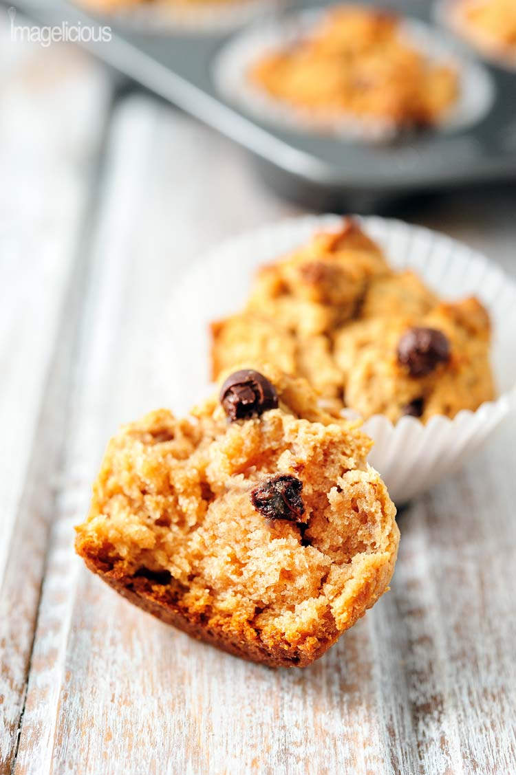 These Vegan Peanut Butter Muffins are delicious and you will never guess that they contain no eggs or butter. Flavoured with apple sauce they are soft, fluffy and take very little time to make. Perfect for breakfast or afternoon snack | Imagelicious