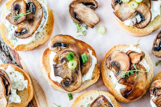 Mushroom Crostini is delicious and elegant appetizer that is really easy to make and is perfect for any time of the year. Made with ricotta, sour cream, or cream cheese, and, of course, perfectly sautéed mushrooms, they will satisfy any taste | Imagelicious