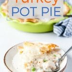 This Turkey Pot Pie is perfect and easy for a quick weeknight dinner | imagelicious.com #locallylilydale #ad #turkey #potpie #weeknightdinner #easymeal