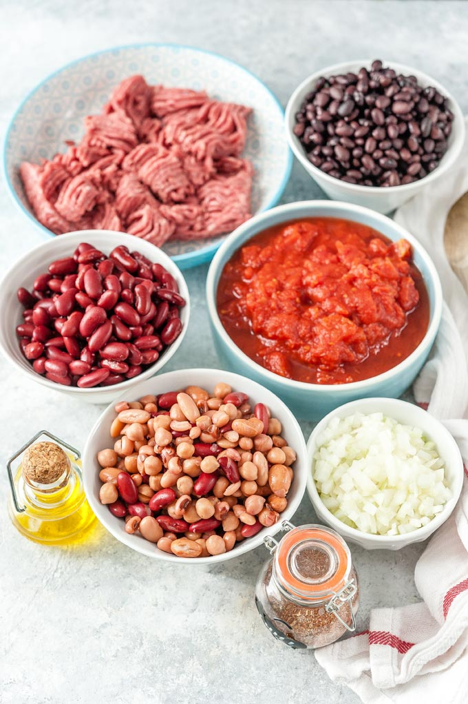 All the ingredients to make Chili in Instant Pot.
